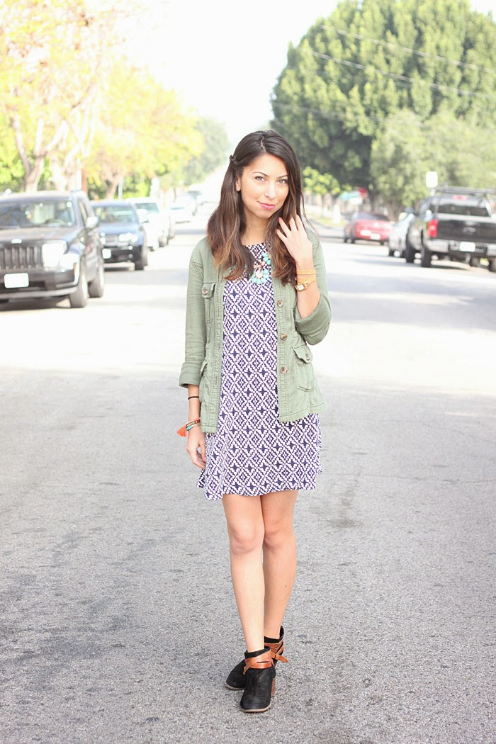 styling a printed shift dress