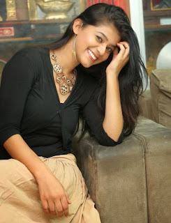 Yamini Stills at Kakatiyudu Movie Trailer Launch 14.jpg