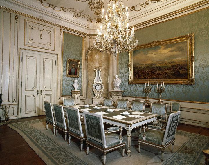 Dise o de interior y exterior historia del interiorismo ii for Decoracion rococo