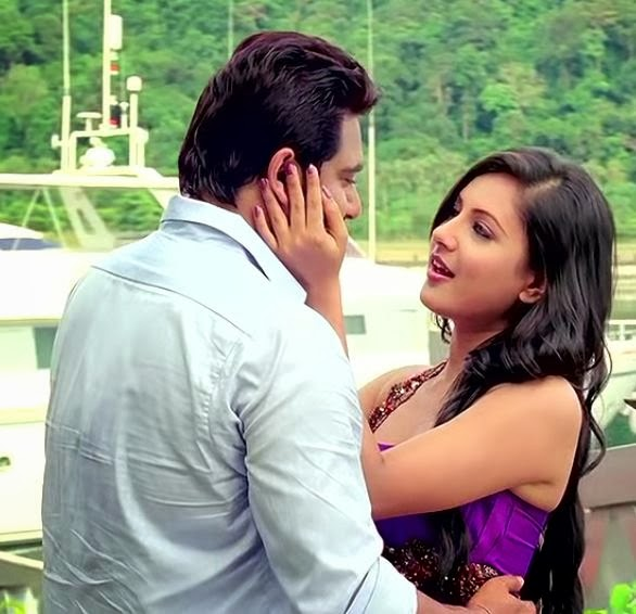 Pooja+Bose+Hot+Picture+from+Loveria003