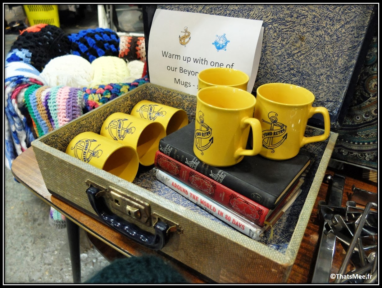 Beyond Retro fripes Shoreditch Brick Lane vintage seconde main, tassse jaunes Beyond retro