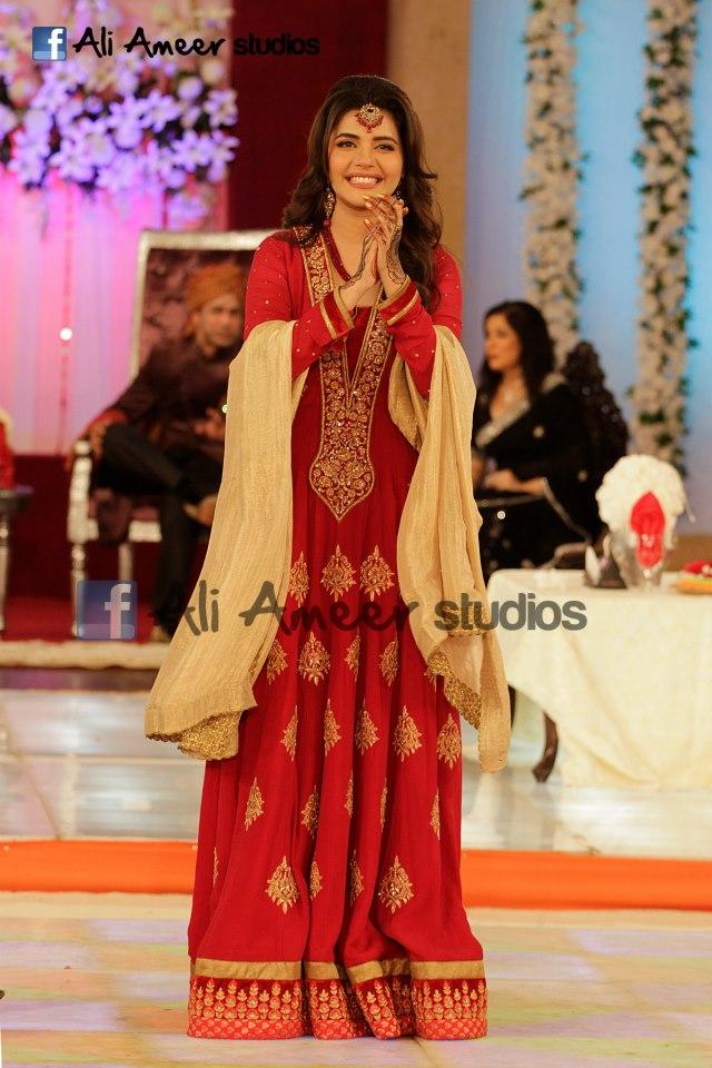 Fashion Ki Dunia Sadia Imam Baraat At Good Morning Pakistan