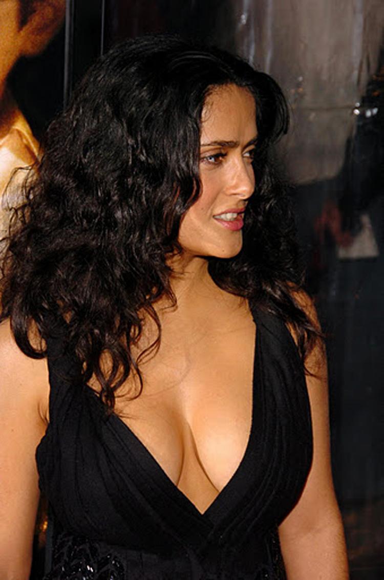 Fresh Look Like Salma Hayek Hairstyles 13