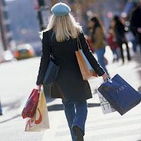 http://2.bp.blogspot.com/-EH6ohcs4K1o/ULtK98XSROI/AAAAAAAAEG4/YxRGTHlEAvw/s200/Sisi+lain+perilaku+wanita+yang+aneh+dan+unik.jpg