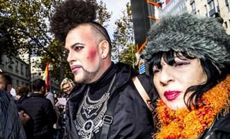 Un trans-sexual se pronunță pentru familia naturală: Adopția pentru homosexuali este crima...