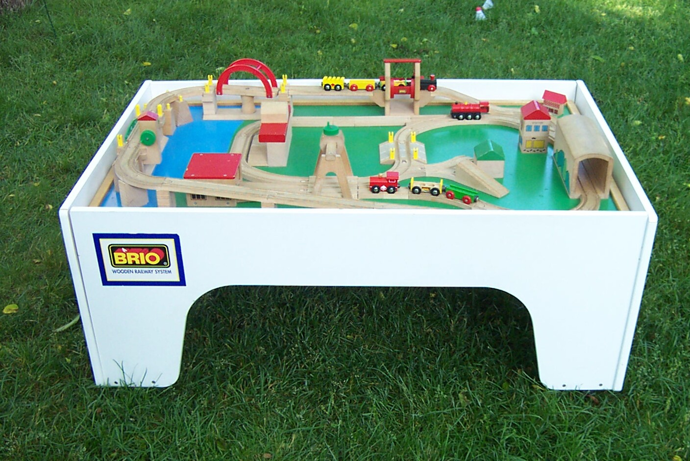 A consistent and well paying garage sale find for me has been Brio train tables. I come across them on average of one every six weeks or so. & Money in the Garage: All aboard for Brio train tables!