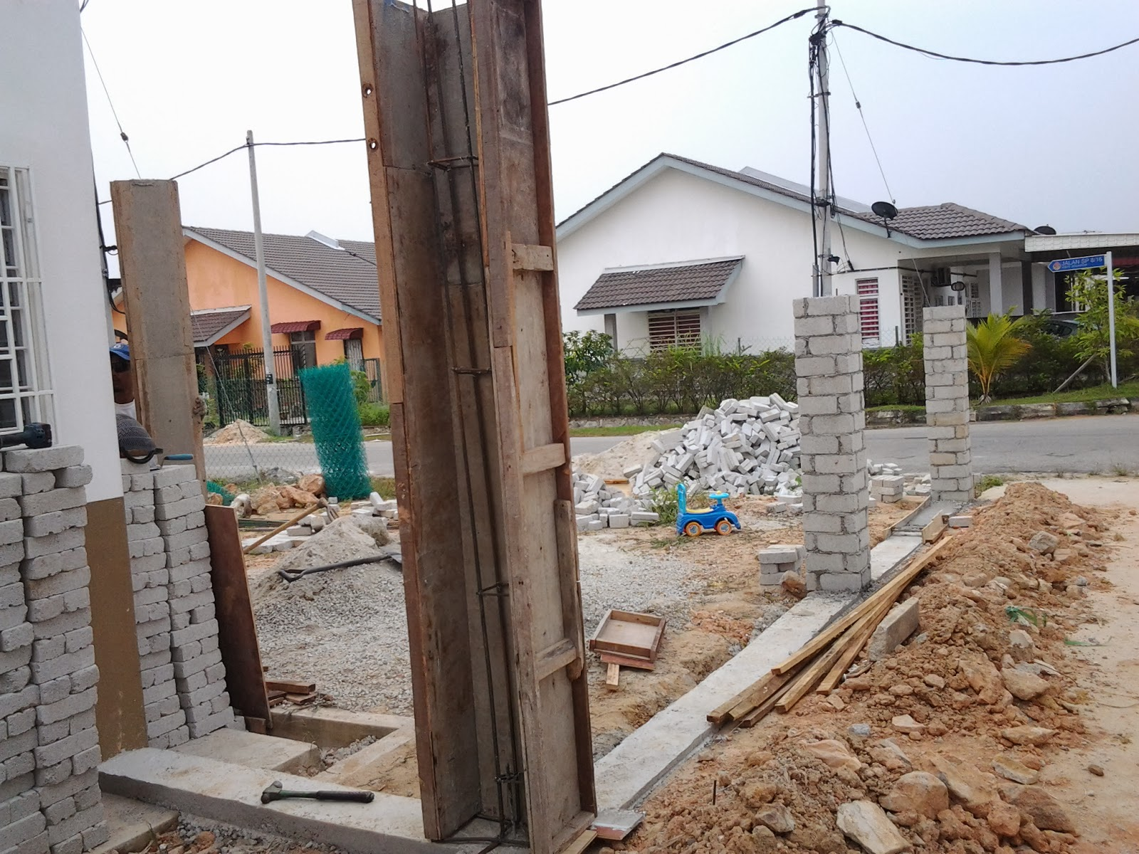 cerita bonda house project tambah dapur n tembok pagar