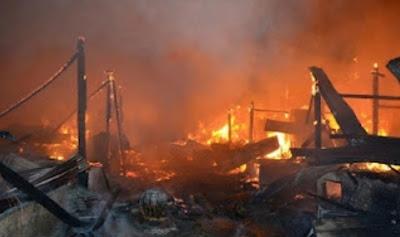 http://2.bp.blogspot.com/-EHJaDJnegkQ/UHHa4ouBSjI/AAAAAAAAmD4/4pPepfkA1Oc/s320/genosida-muslim-rohingya6.jpg