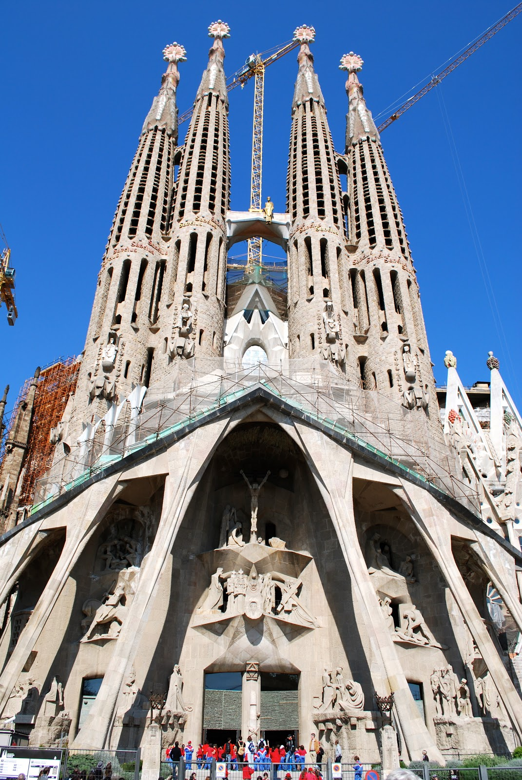 Wanderlust traveler barcelona spain for La sagrada familia barcelona spain