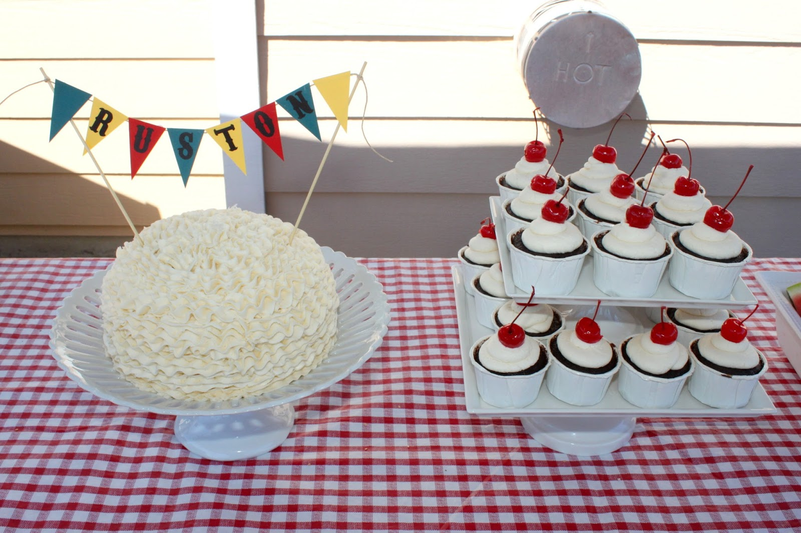 Cake Boss Dirty Icing : My Dirty Aprons: Picnic Baby Shower