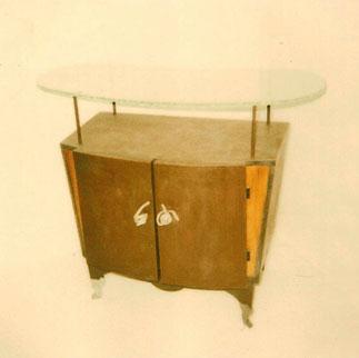 meuble bar design bois et verre bar cabinet design wood and glass meubles et decorations design. Black Bedroom Furniture Sets. Home Design Ideas