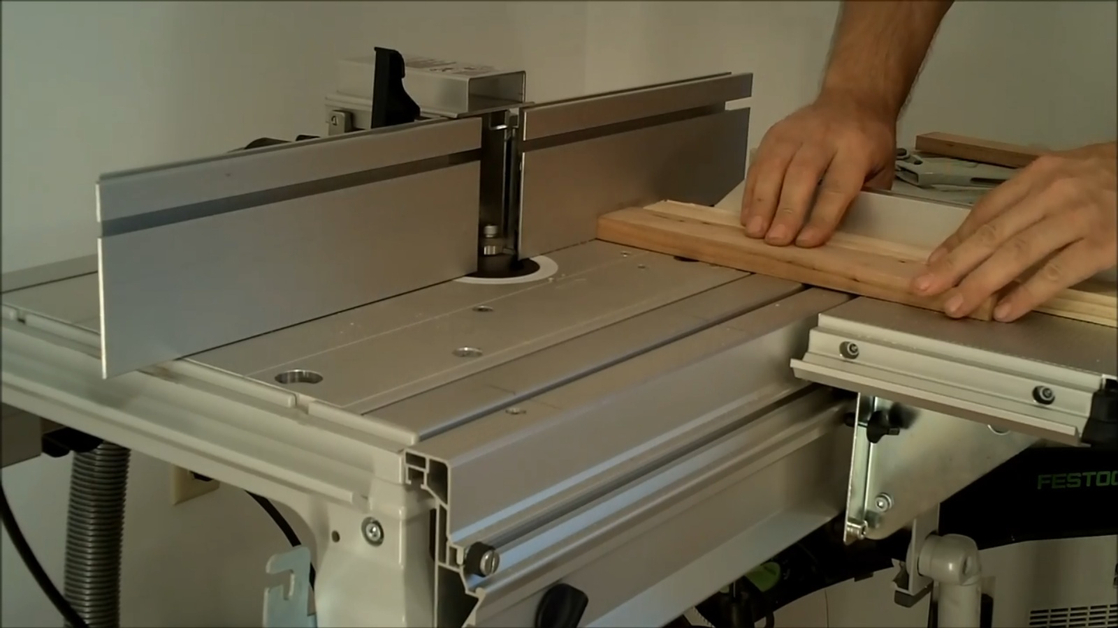 Making a shaker style cabinet door with the Festool CMS router table. & Making a shaker style cabinet door with the Festool CMS router ...