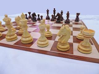 harga catur kayu bagus