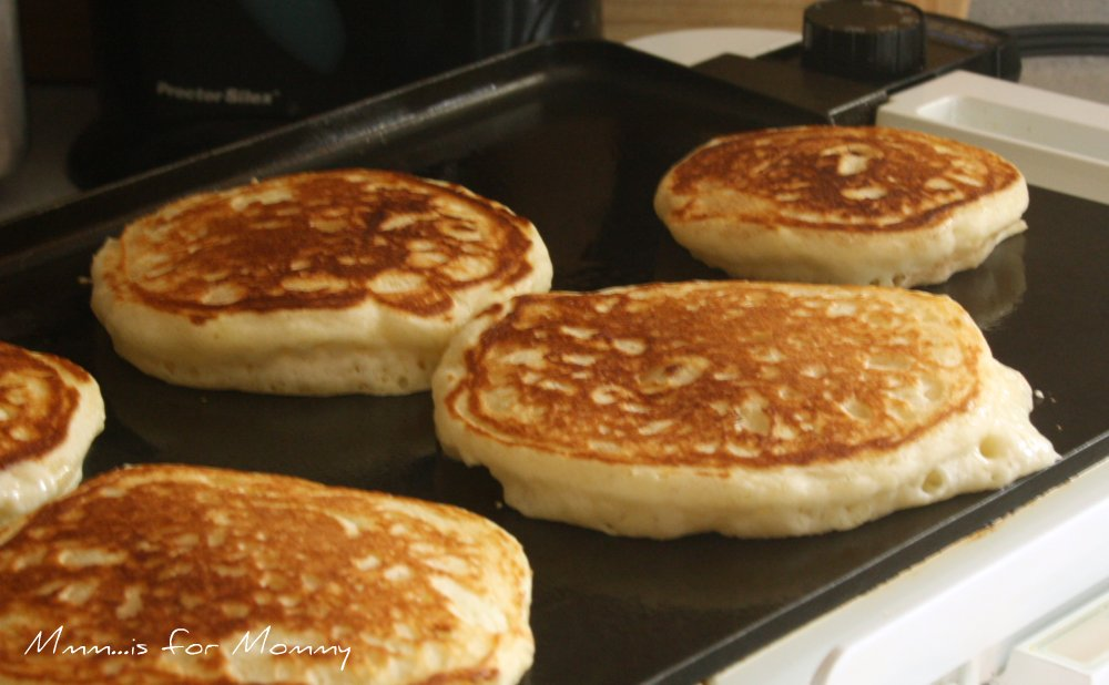 Sunday Morning Buttermilk Pancakes — Mmm... is for Mommy