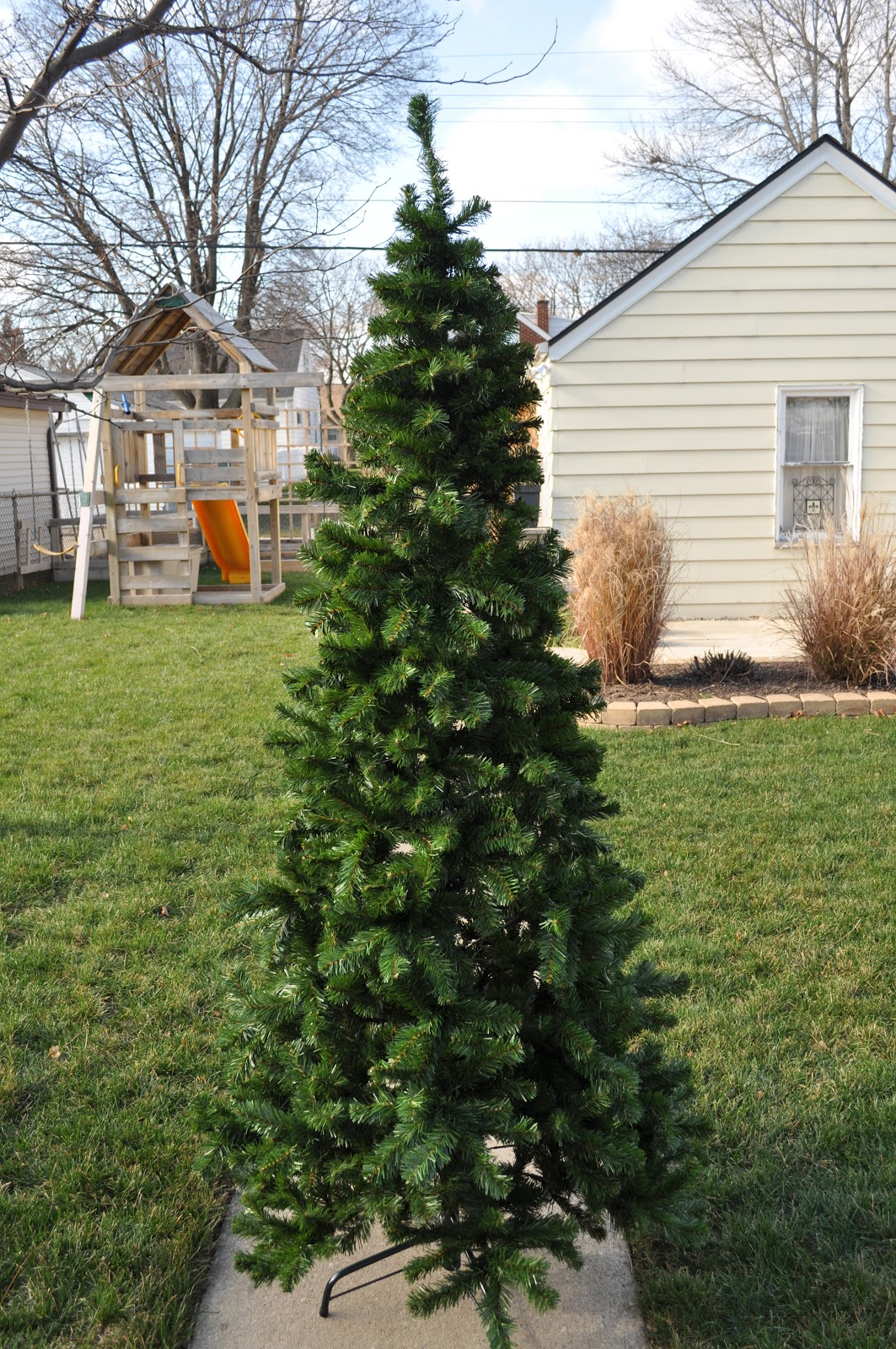 Just So Lovely: A Flocked Christmas Tree