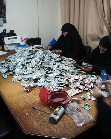Blog, counting money, accountants