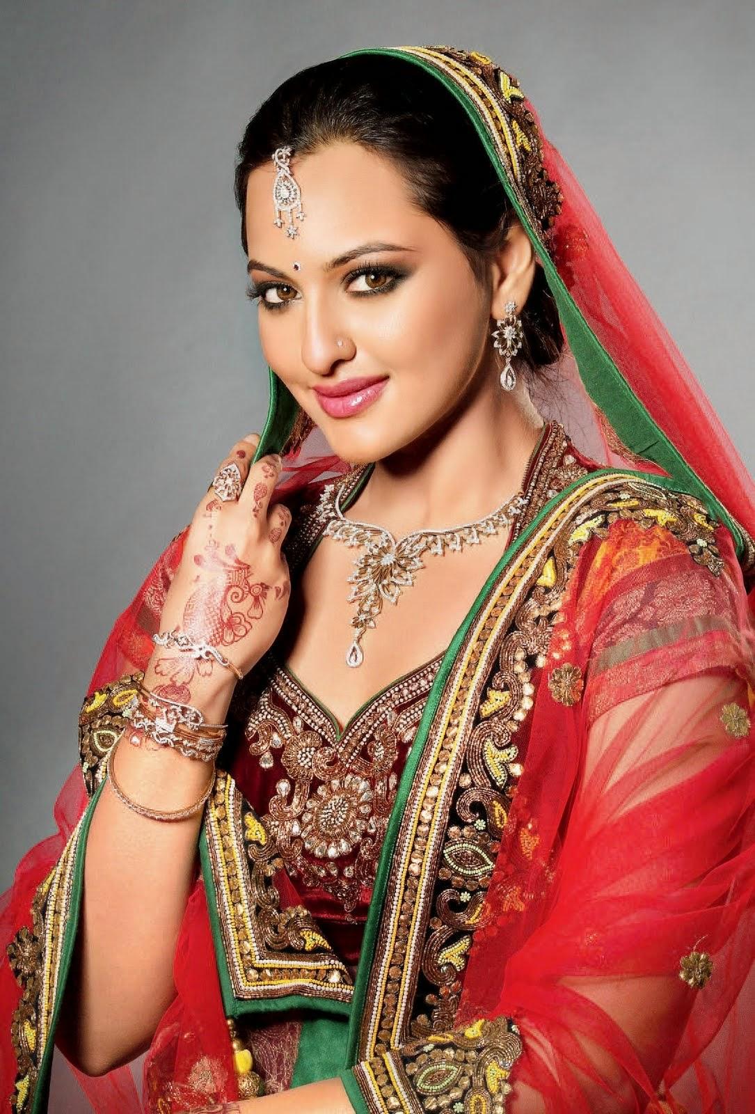 Hot | Nice | Cute: Sonakshi Sinha Photo Gellery