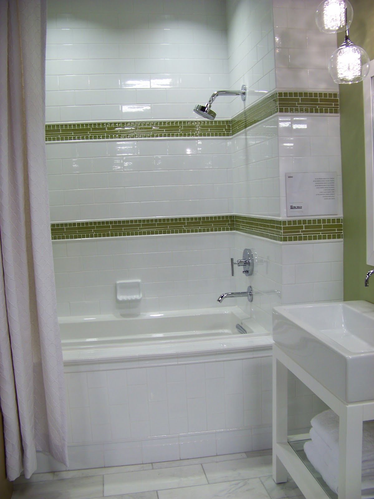 Subway tiles look really expensive when paired with glass tiles and