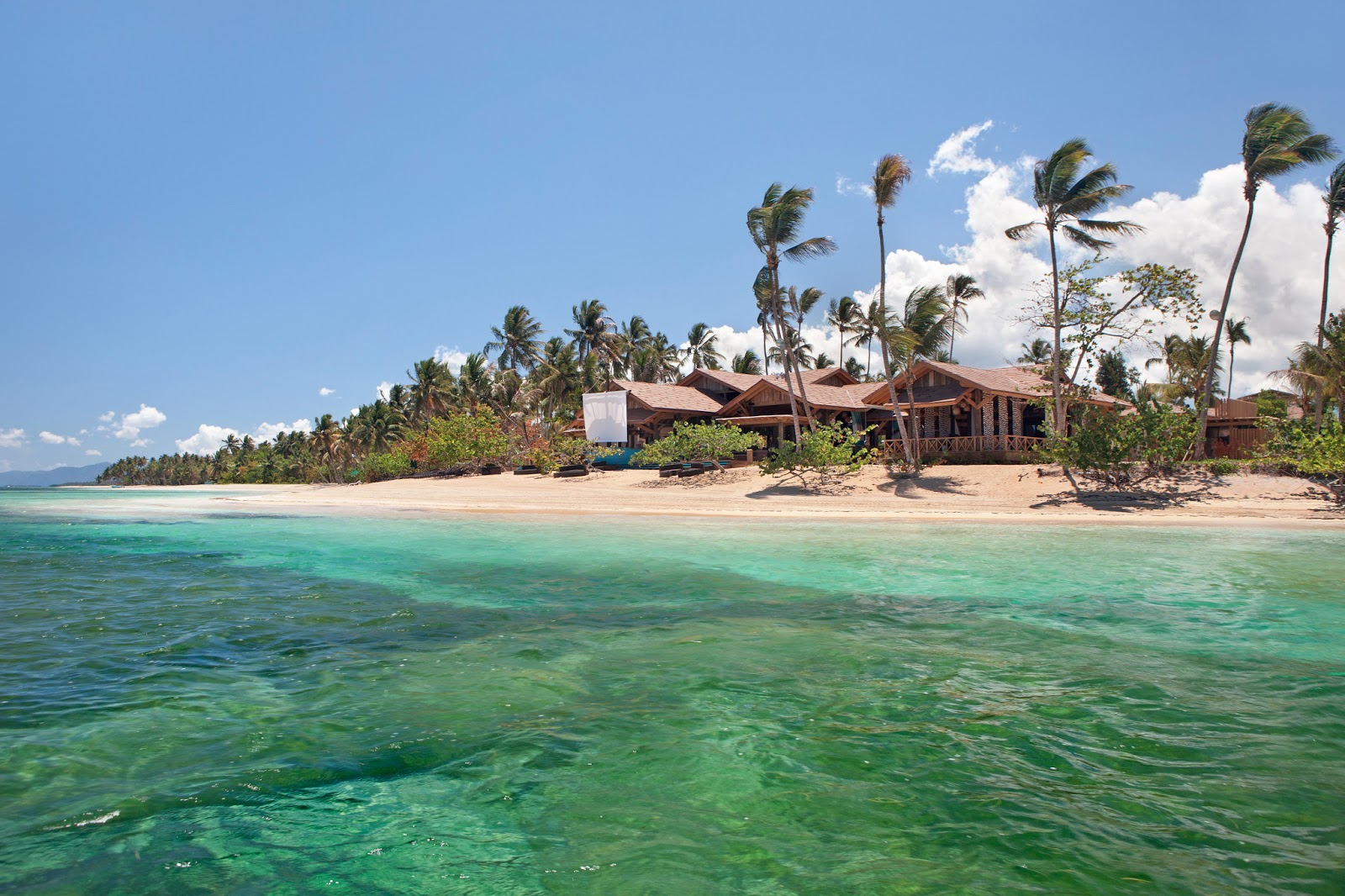Discover the caribbean 39 s hidden gem las terrenas saman for Las terrenas