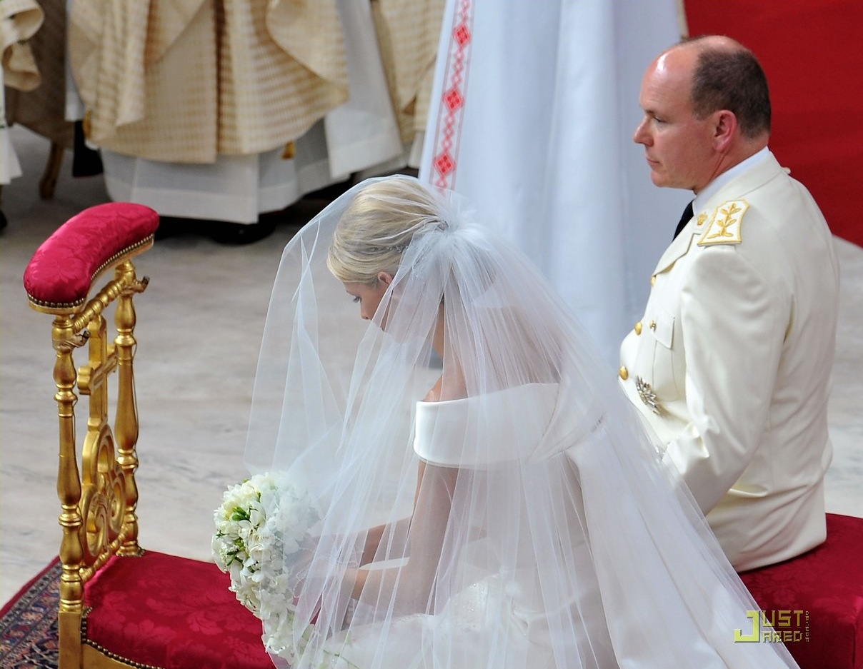 Chasing Rainbows Kissing Frogs: Prince Albert of Monaco and Charlene ...