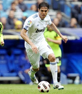 Kaka played against Zaragoza at Bernabeu Stadium