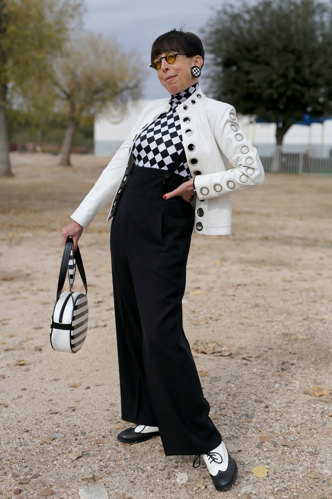 Streetstyle cực chất của những fashionista bô lão ảnh 25