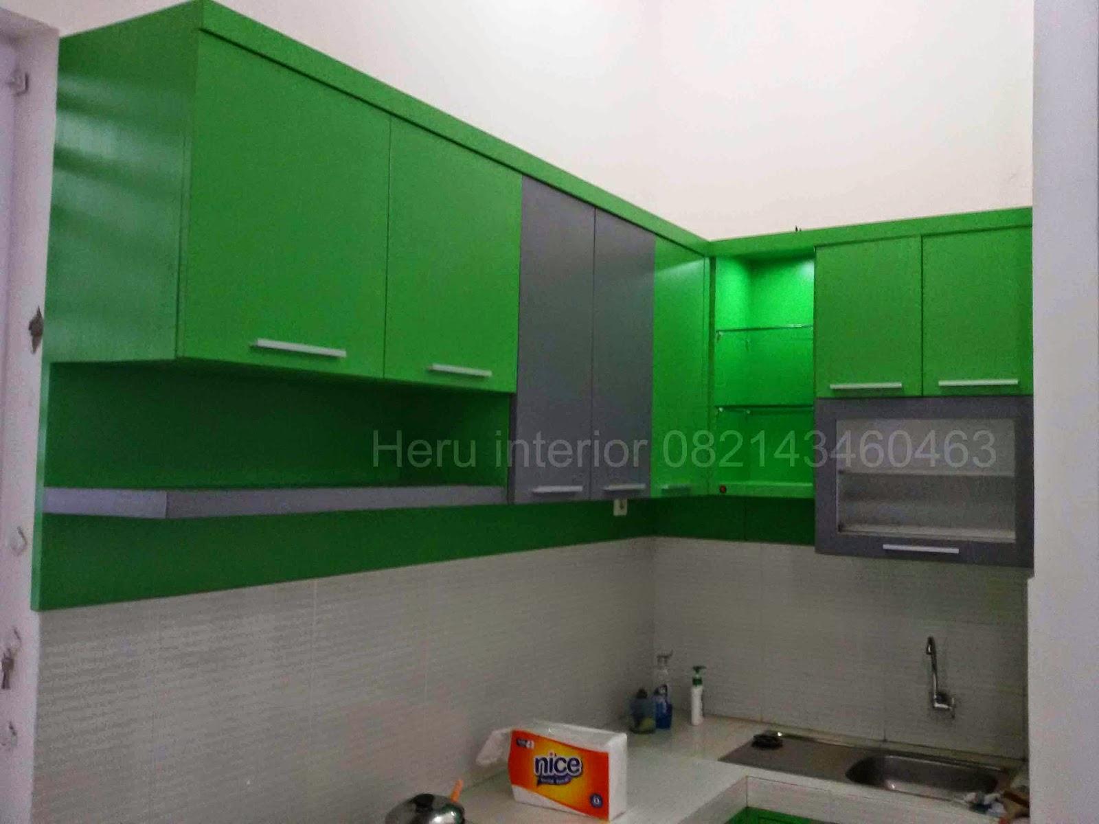 Kontraktor Interior Surabaya Sidoarjo Desain Kitchen Set Warna Hijau