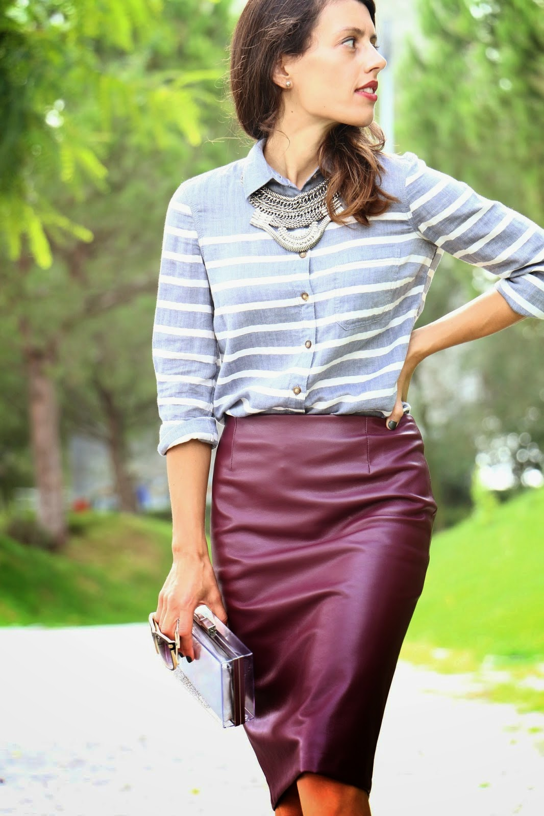 http://ilovefitametrica.blogspot.pt/2014/10/burgundy-leather-skirt.html