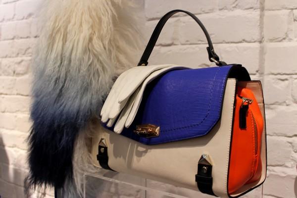 River Island collection automne hiver 2013 avant première tendance blog mode sac orange bleu beige