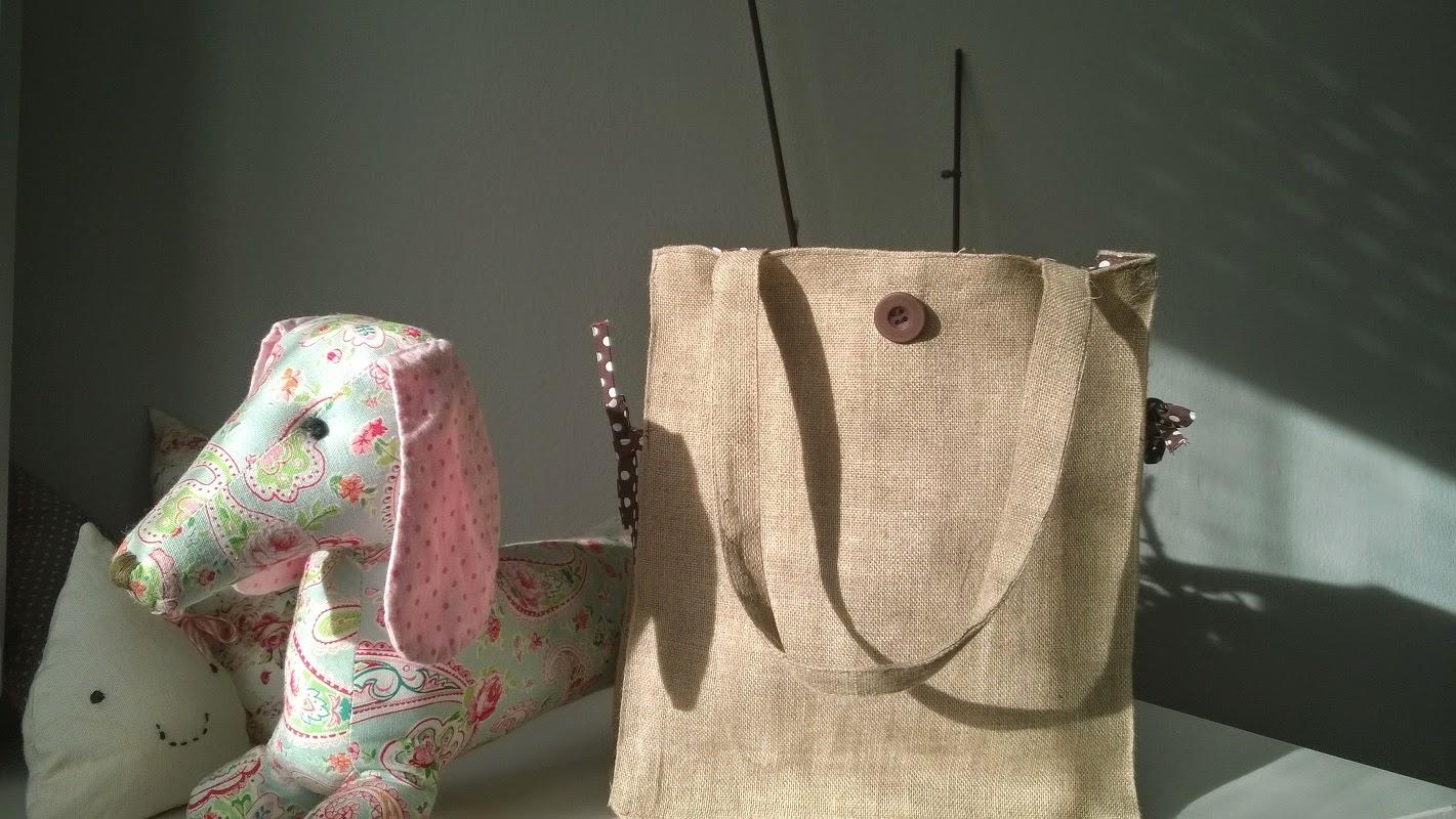 Bolsa rectangular con tela de saco