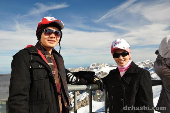 Melancong percuma ke Mount Titlis Switzerland bersama isteri Adibah