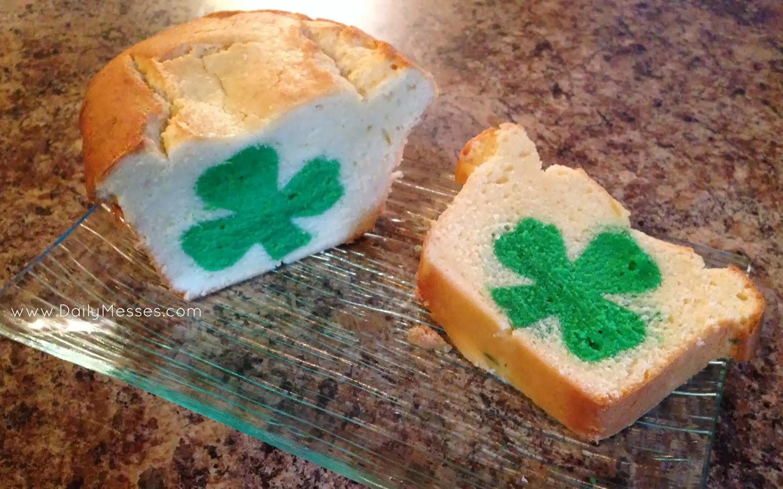 Hidden Design Cake Ideas : Daily Messes: Hidden Surprise Pound Cake
