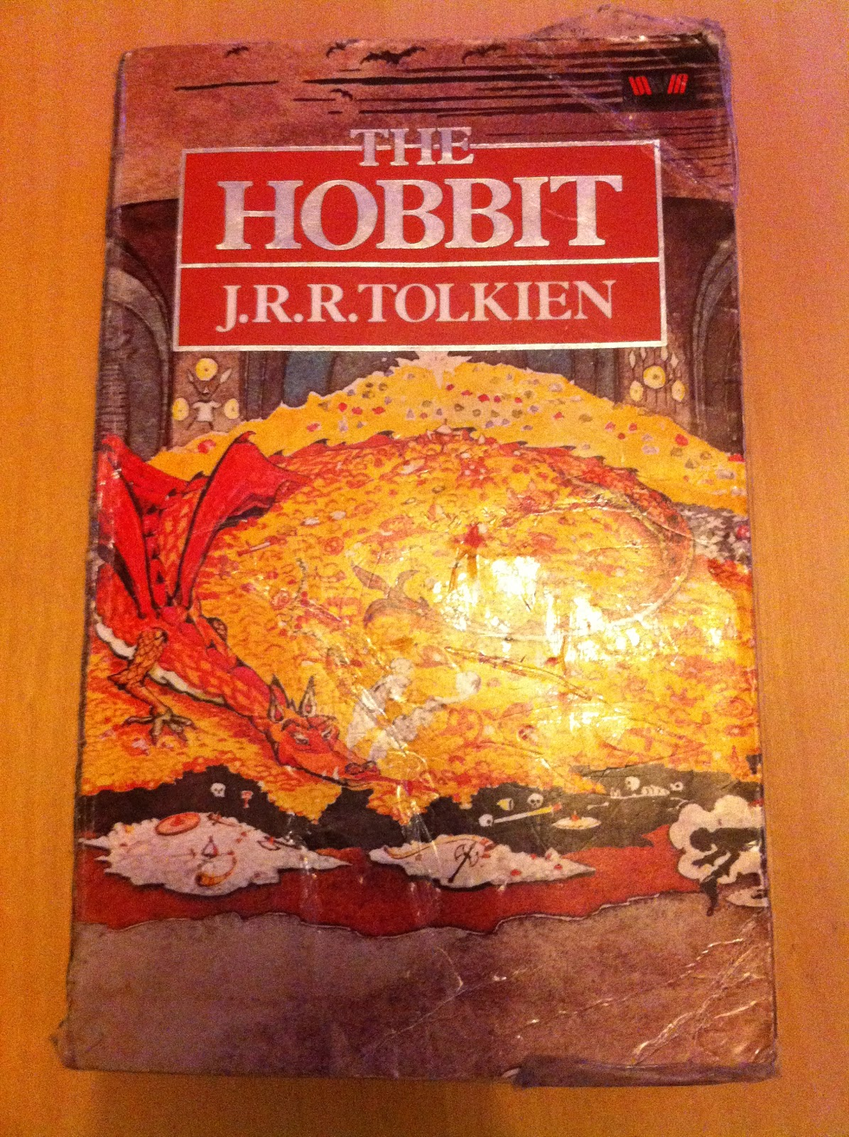 a plot summary of jrr tolkiens the hobbit