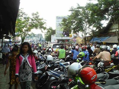 parkiran pasar lama