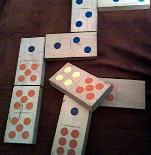 how to play simple dominoes