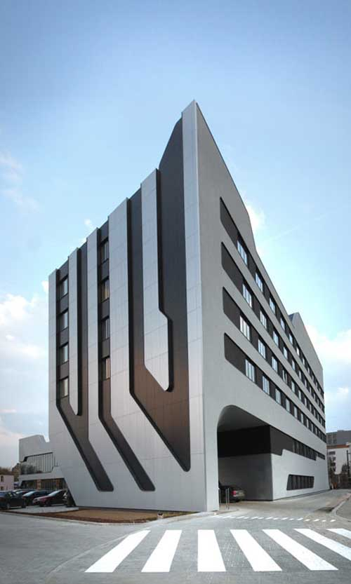Architecture of sof hotel j mayer h architects and ovotz for Style architectural moderne