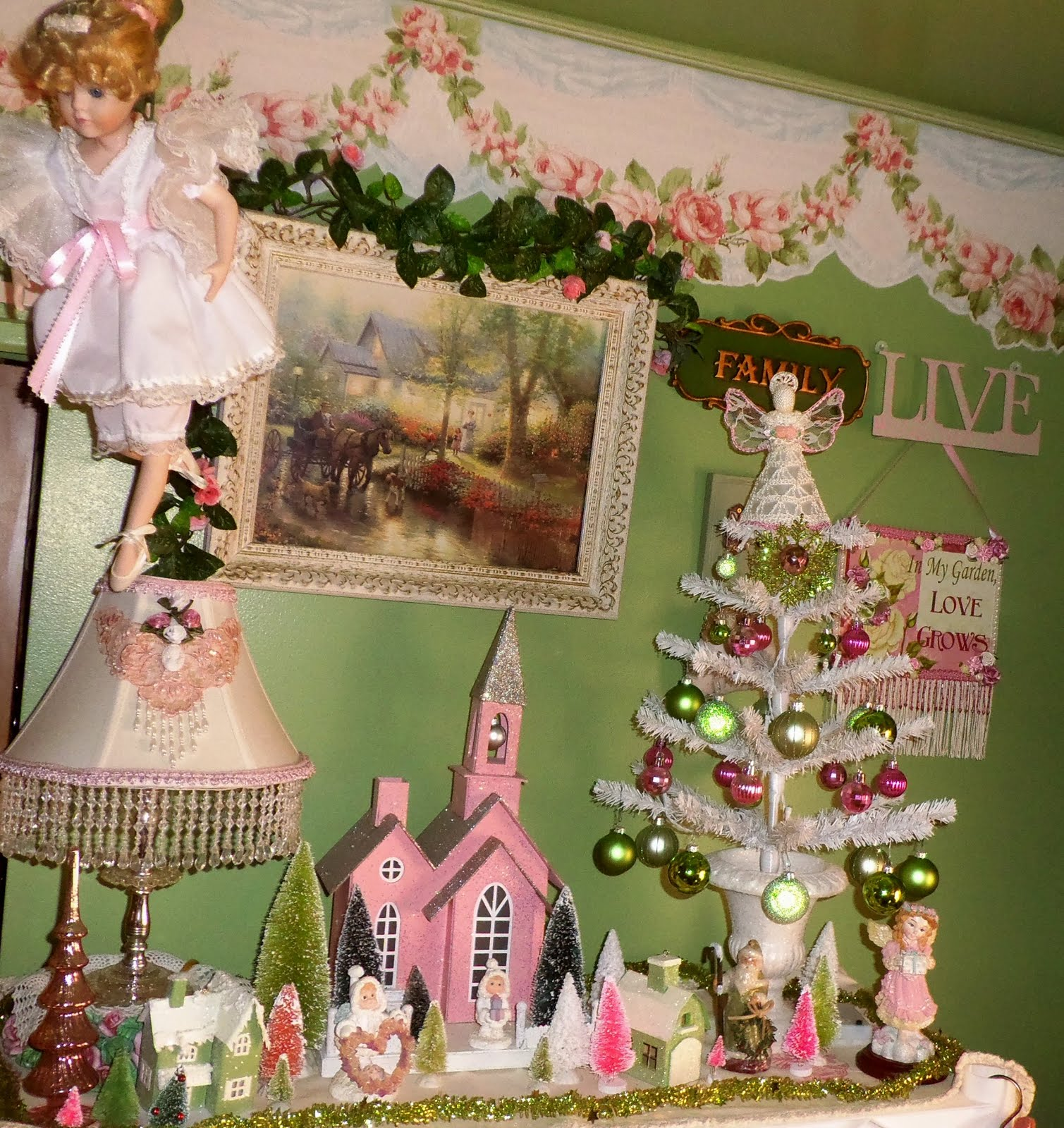 Christmas in the Craft Room, Part 2, Christmas Home Tour 2015