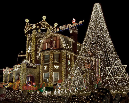 dominic luberto started decorating his gigantic single family home in boston back in 2006 he has to get an early start usually in october in order