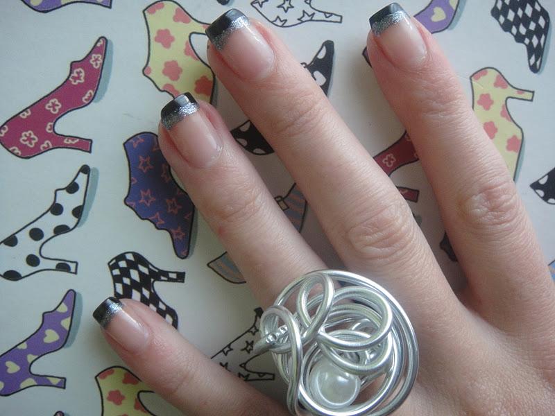 Crispitinaa manicura francesa en negro - Manicura francesa colores ...