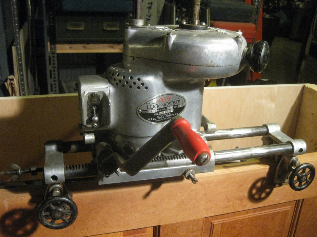 Mall Tool Co. vintage lock mortiser & Tooling Up: Mall Tool Co. vintage lock mortiser