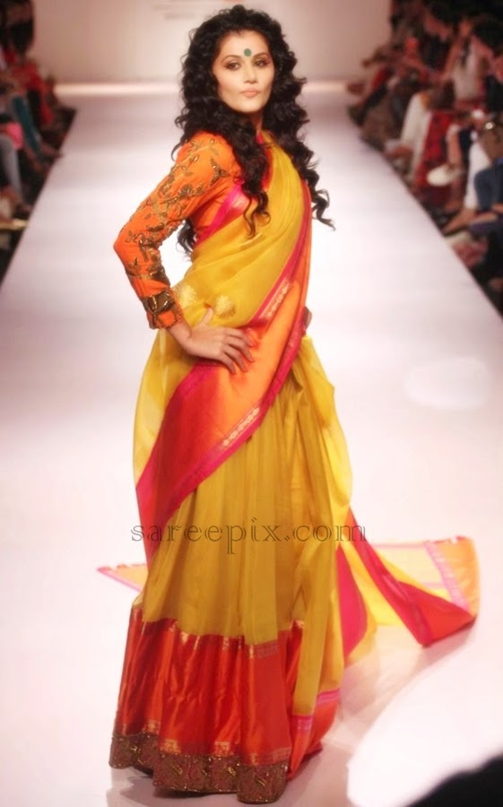 Taapsee-pannu-saree-Lakme-Fashion-week-2014