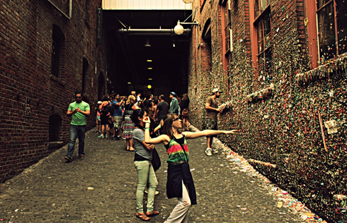 gum wall seattle pacific northwest travel photography