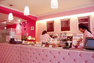 Hello Kitty cafe counter