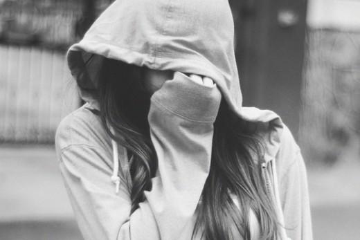 Hình ảnh girl, cô gái buồn cô đơn một mình thất tình