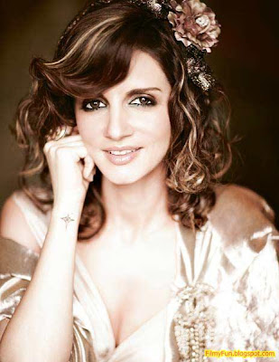 sussane roshan hottest wife of bollywood_FilmyFun.blogspot.com