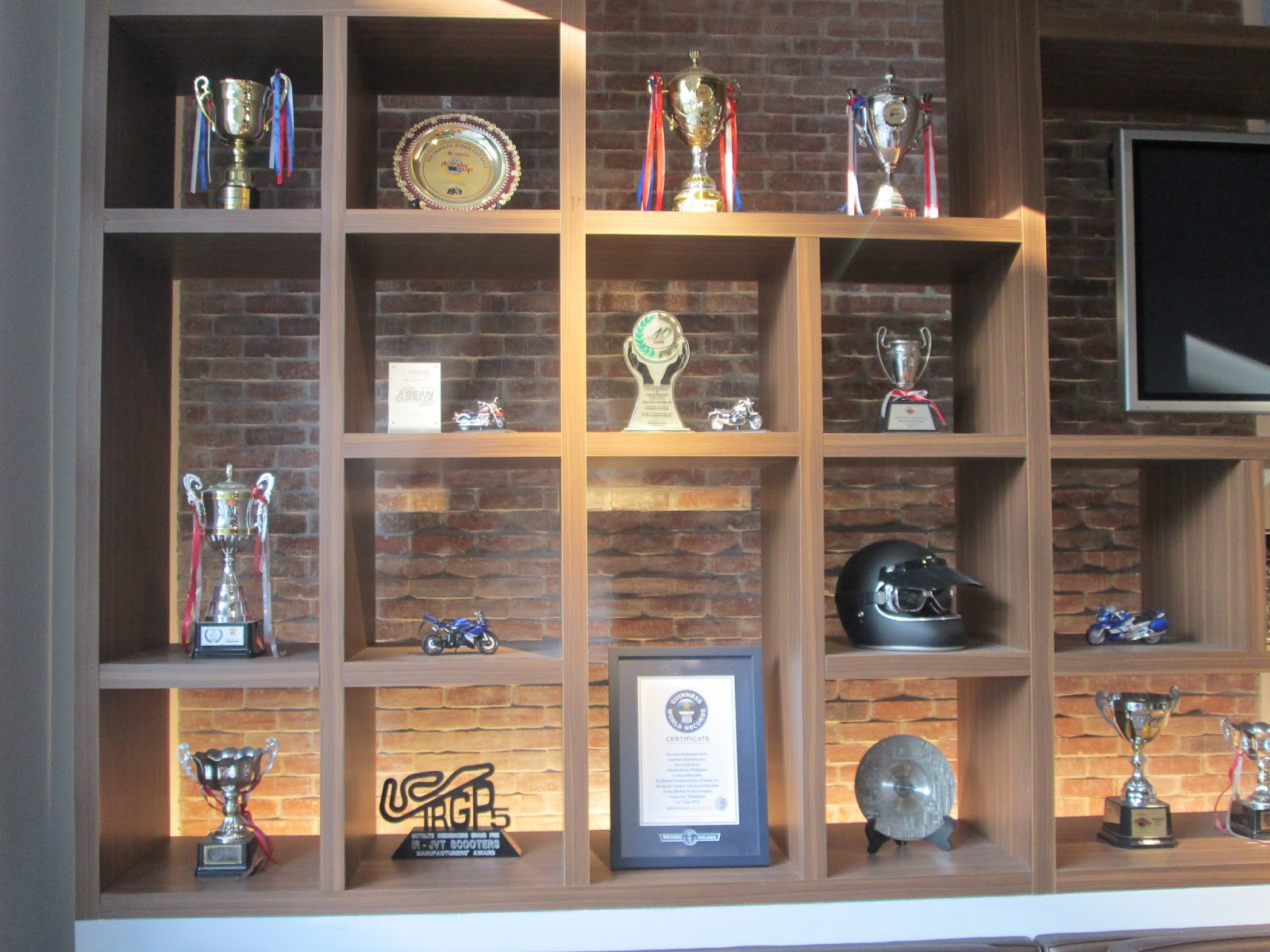 Racing Team Trophy