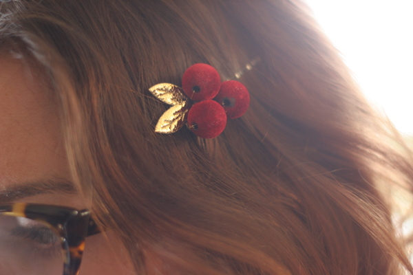 red hair clip do it yourself