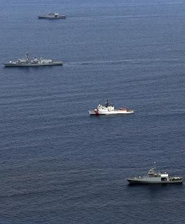 ARC 20 de Julio - USCGC Forward HMS Lancaster Patrullero oceánico Piloto Pardo