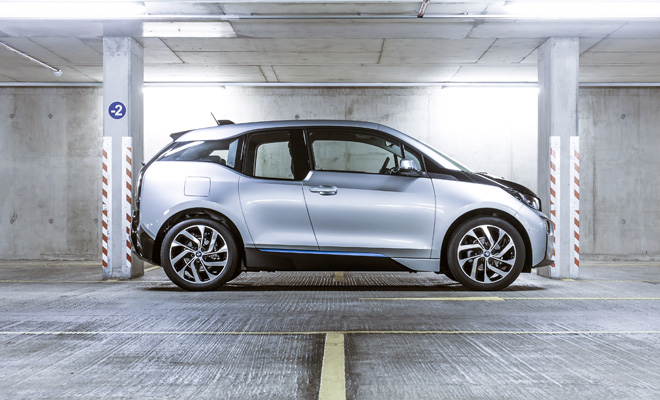 BMW i3 side view