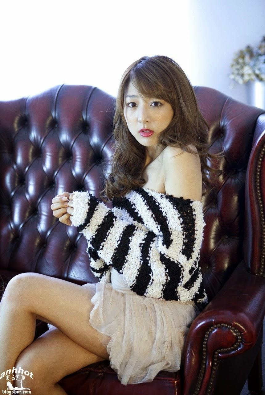 moyoko-sasaki-01425853